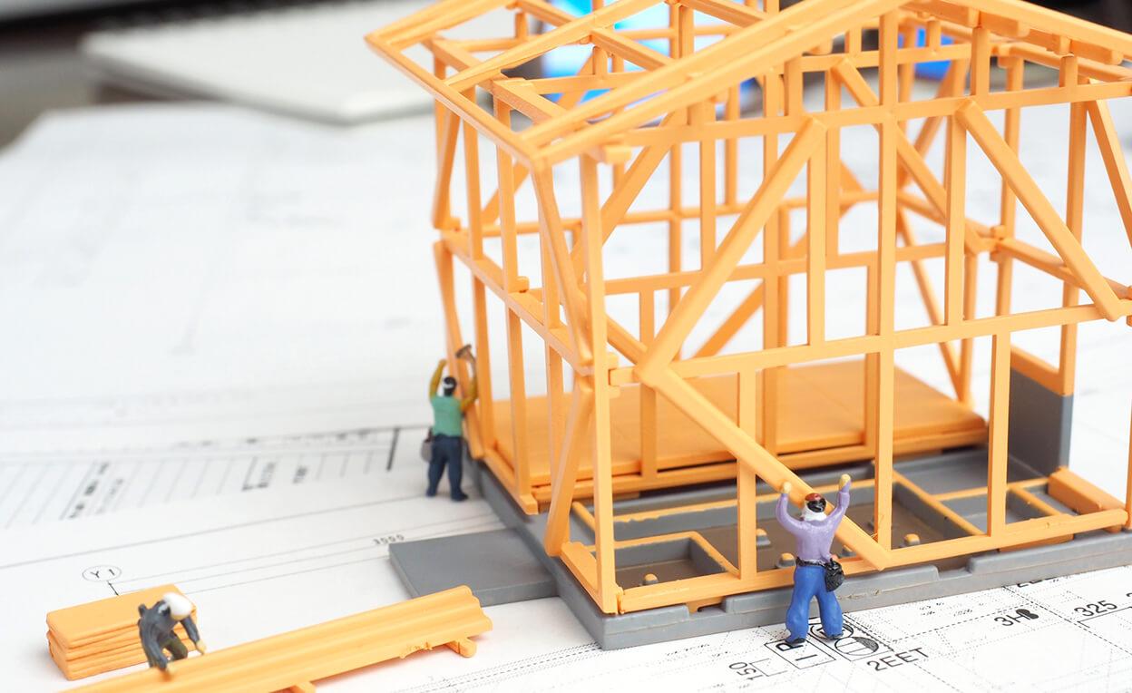 家と大工の模型